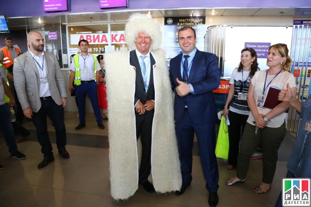 Ваэропорте Махачкалы отпраздновали юбилей авиакомпании «Победа»