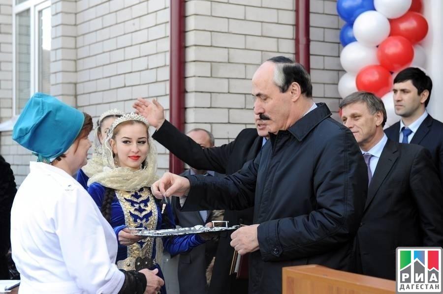 Рамазан абдулатипов и его дети фото