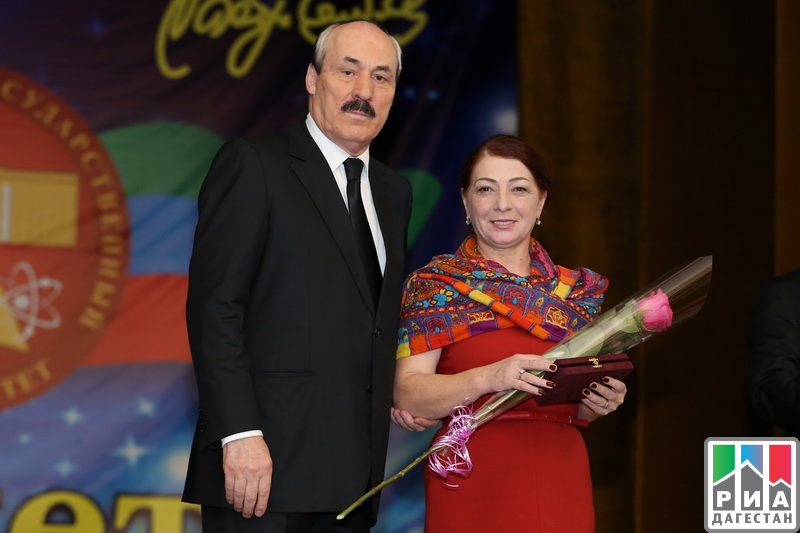 Рамазан Абдулатипов поздравил коллектив Даггосуниверситета с85-летием