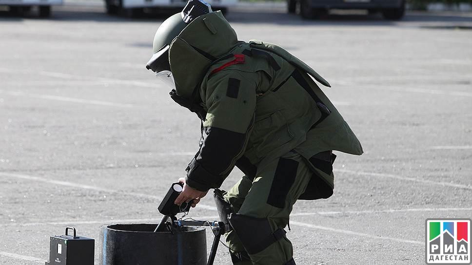 Предмет, схожий навзрывное устройство, обнаружили вмногоэтажном здании стекольного завода вМахачкале