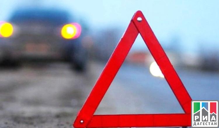 Неменее 40 авто столкнулись навъезде вМахачкалу