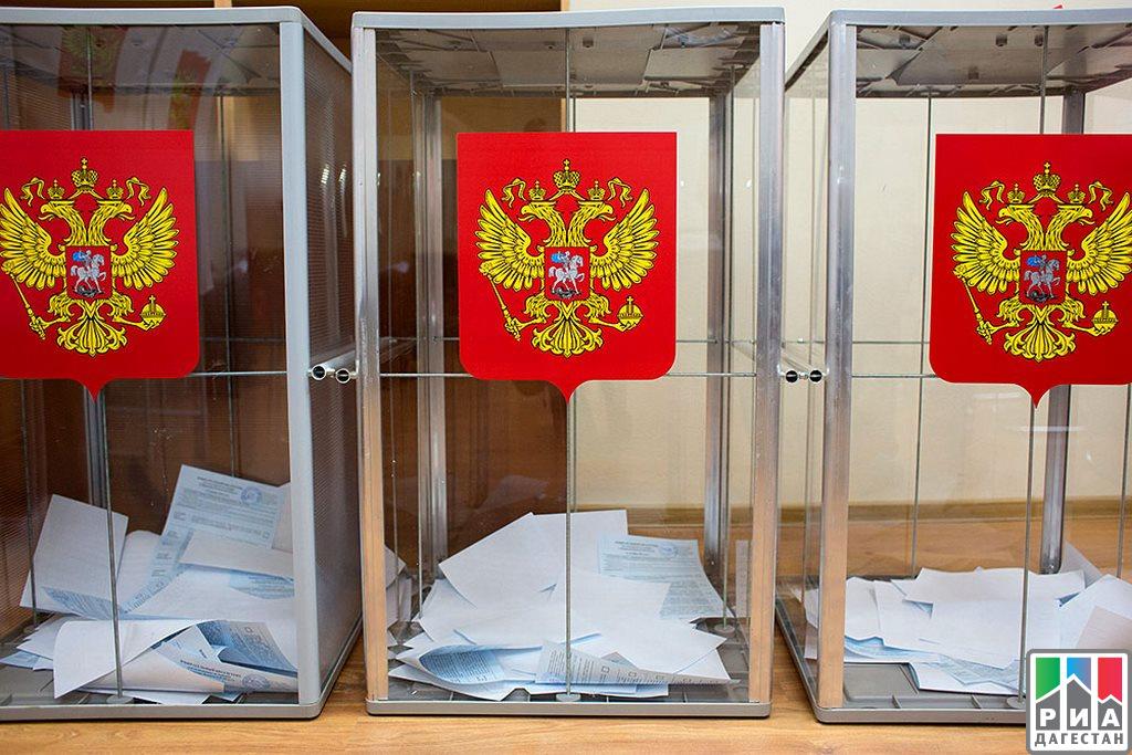Штабы Явлинского собрали неменее половины необходимых для передачи вЦИК подписей