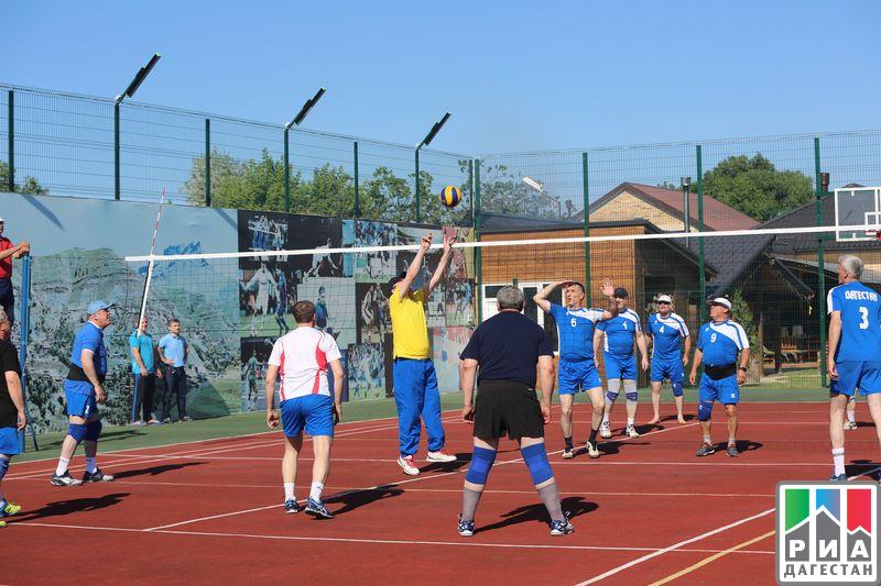 Руководитель Дагестана инициировал волейбольный матч, посвящённый празднику Ураза-байрам