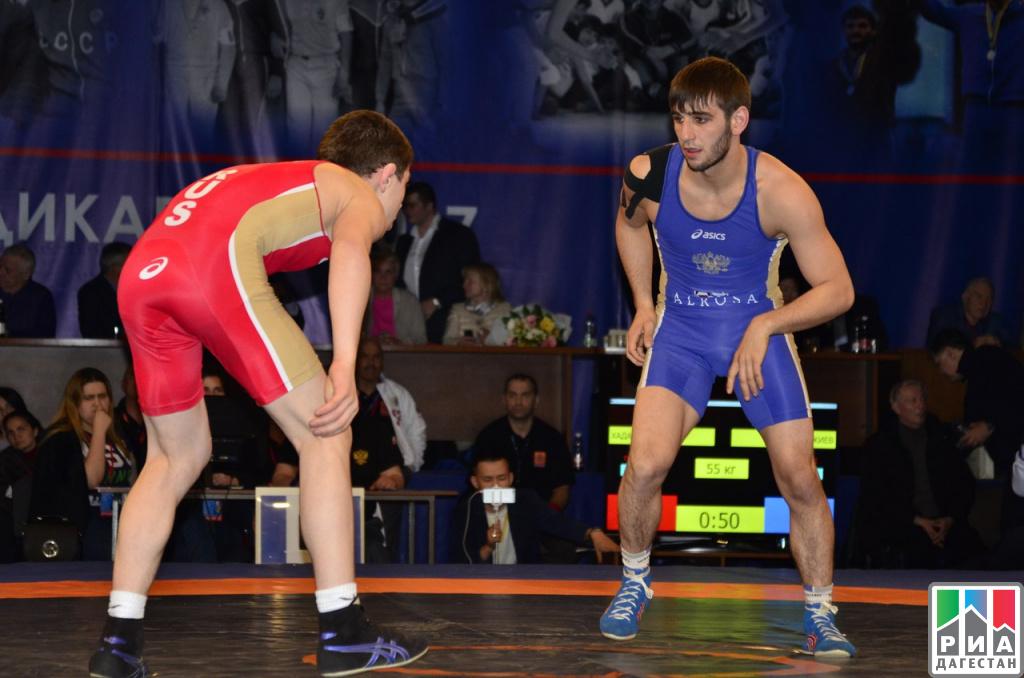 Борец Абдул Ахмедов победил напервенстве мира