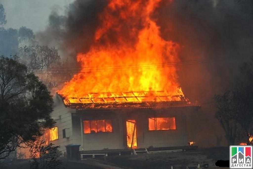 Вдагестанском селе пламенеют несколько десятков домов